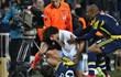 'Türk oyuncu milli futbolcumuza saldırdı'