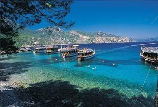 Antalya ya 2016 da hangi ülkeden ne kadar turist geldi?