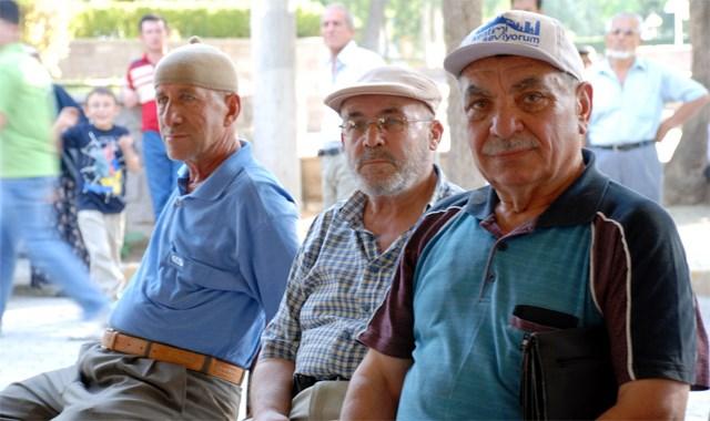 Yaş bekleyene emeklilik formülü