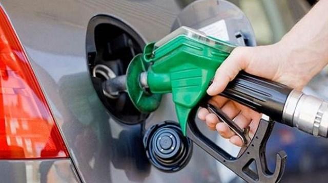 Benzin 5 lirayı aşar