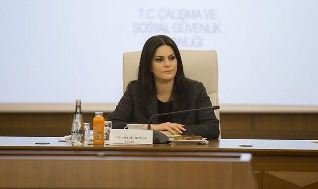 Bakan Sarıeroğlu ndan  taşeron  açıklaması