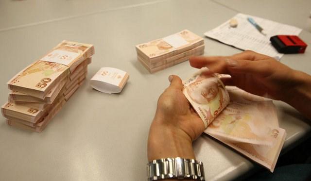 Emeklilerin geliri 2018 de 346 lira artacak