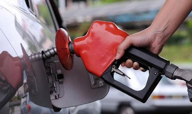 Benzine 15 kuruş indirim geliyor
