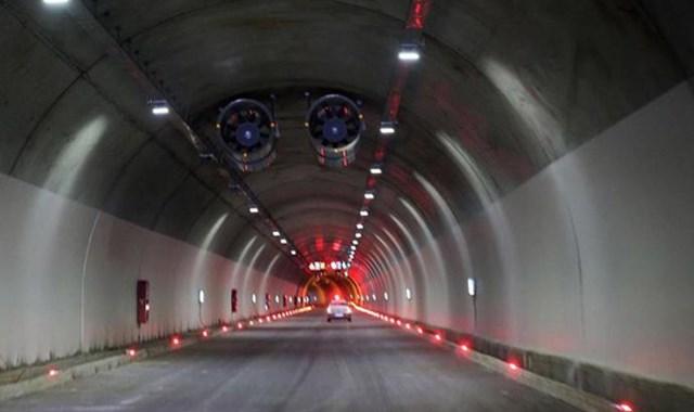 Türkiye nin en uzun tüneli bugün açılıyor