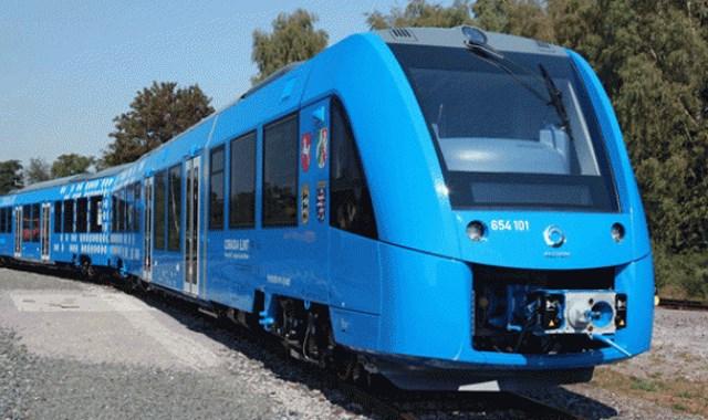 Dünyanın ilk hidrojen treni hizmete girdi