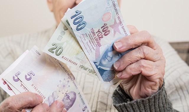 Emekliye 432 lira ek zam