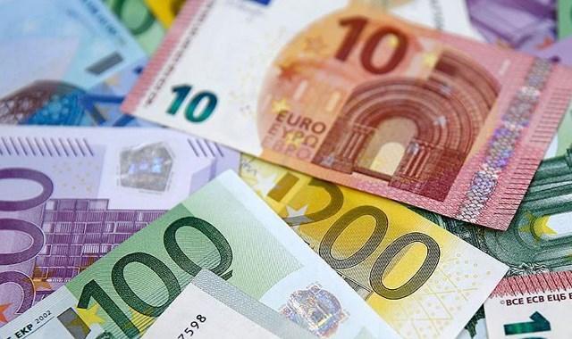 Bir ülke daha Euro ya geçiyor