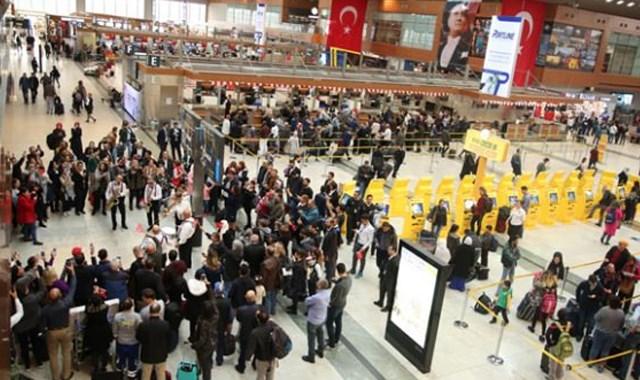 Sabiha Gökçen Havalimanı nda dış hatlar yolcusu arttı