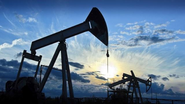 Brent petrol fiyatları zirveyi zorluyor