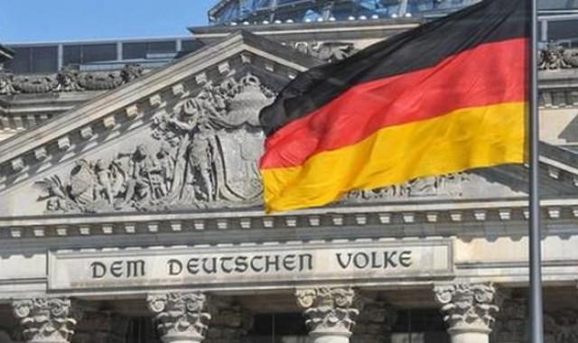 Almanya da yıllık enflasyon nisanda yüzde 2 arttı