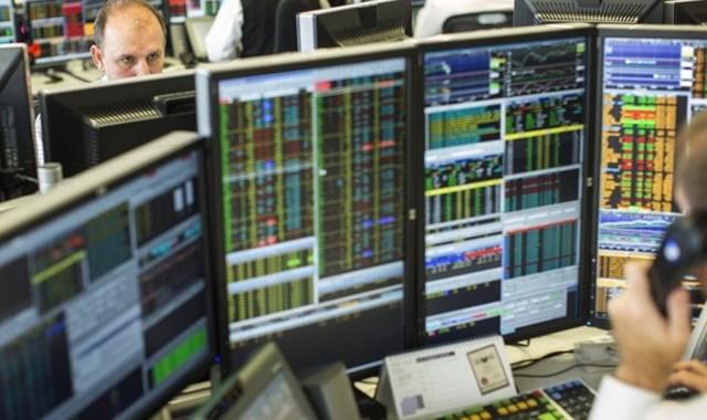 Borsa hızlı yükseldi, dolar dalgalandı