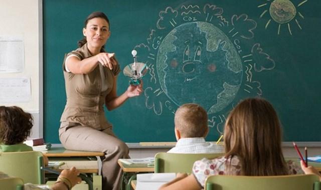 Öğretmen adayları dikkat!