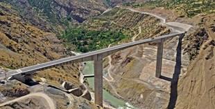Türkiye nin en yüksek köprüsü açılıyor! 5 saatlik yol 2 saate inecek