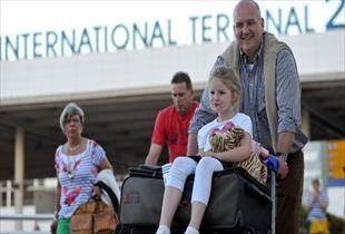 Antalya da turist sayısında dev çöküş!