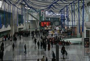 Havaalanı yolcu sayısı yüzde 16 düştü