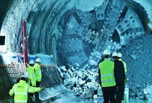 Dev projede tüneller birleşti