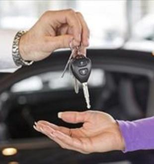 Sigorta ödememek için arabasını satan var