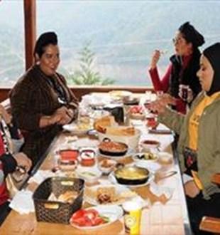 Turistler 9 ayda 5,1 milyar dolarlık yemek yedi
