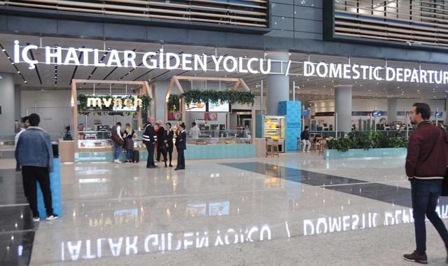 İstanbul Havalimanı ndan 15 bin kişi uçtu