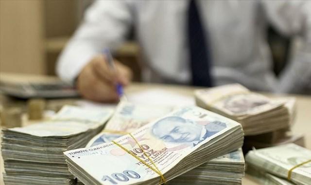 Bütçe mayısta 12,1 milyar TL açık verdi