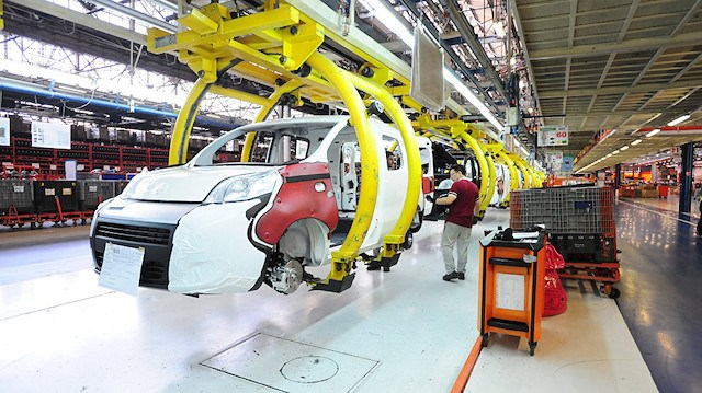 Sanayi kenti nde günde 1561 araç üretildi