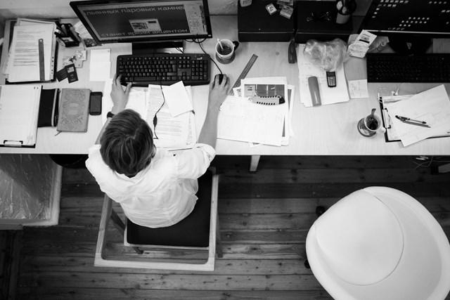 İşveren kısa çalışma ödeneği yerine keyfi olarak ücretsiz izne başvuramaz