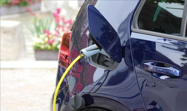Elektrikli ve hybrid otomobillere talep artıyor