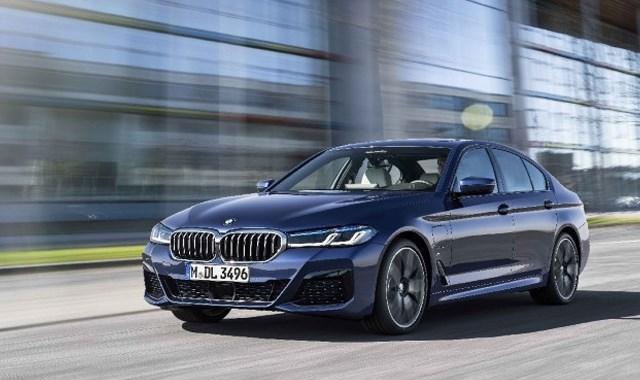 Yeni BMW 5 Serisi Türkiye de! İşte fiyatı ve özellikleri!