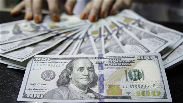 Özel sektör yurt dışı borcunu azalttı