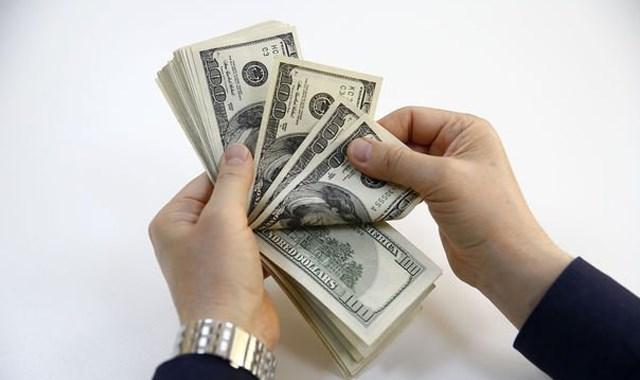 Dolar 3.90 liraya geriledi