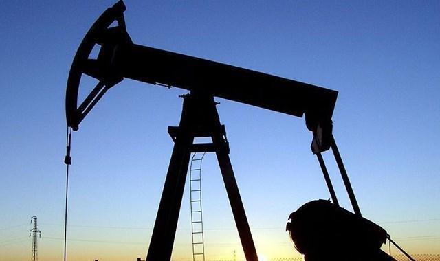 Petrol fiyatları çöktü, Rusya ek borçlanmaya gidiyor