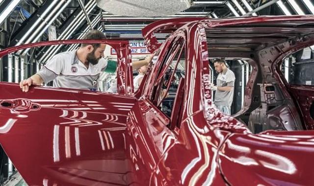 Bursa dan üç çeyrekte 159 bin otomobil ihraç edildi